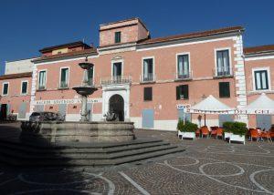 Piazza Umberto I la piazza del centro storico