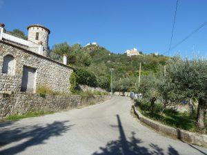 Salita al Castello medievale di Terravecchia